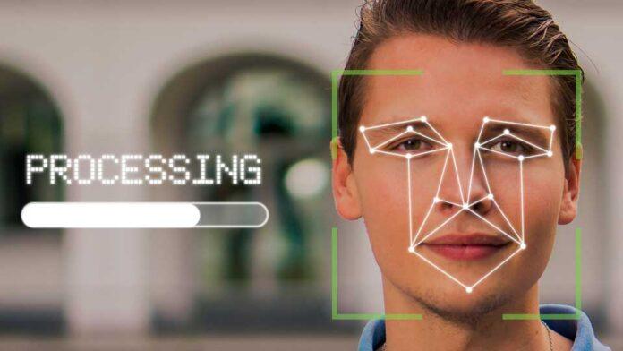 Imagem de homem fazendo reconhecimento facial